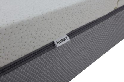 Husky 8 inch gel memory foam Mattress with zipper cover Double Sided